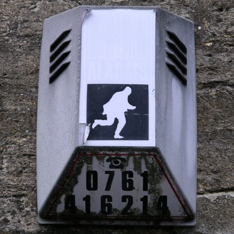 RH Alarms burglar alarm (faded), Frome, 2008