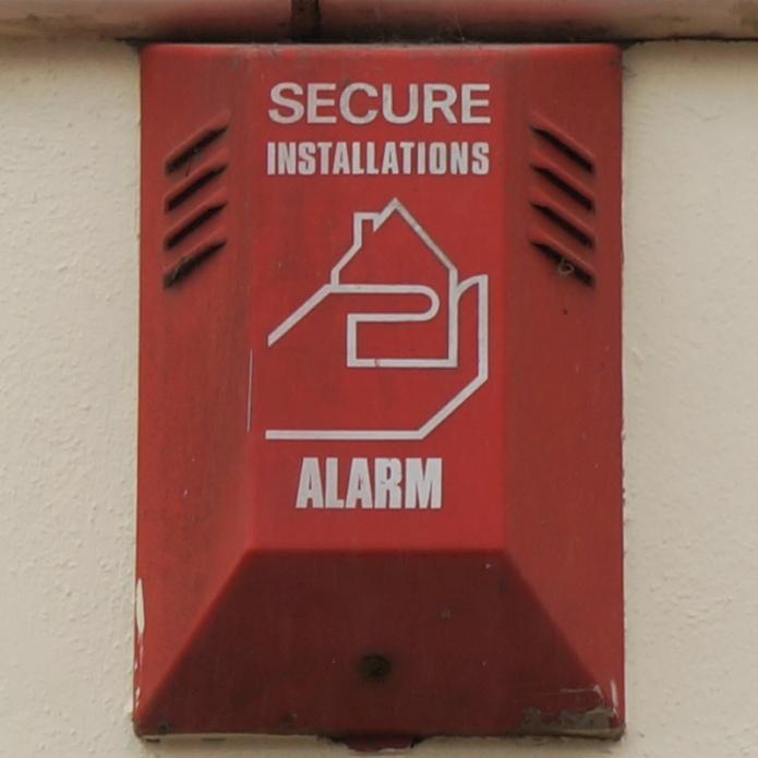 Secure MarketStrand Falmouth nr TR11 3DF 01980_800