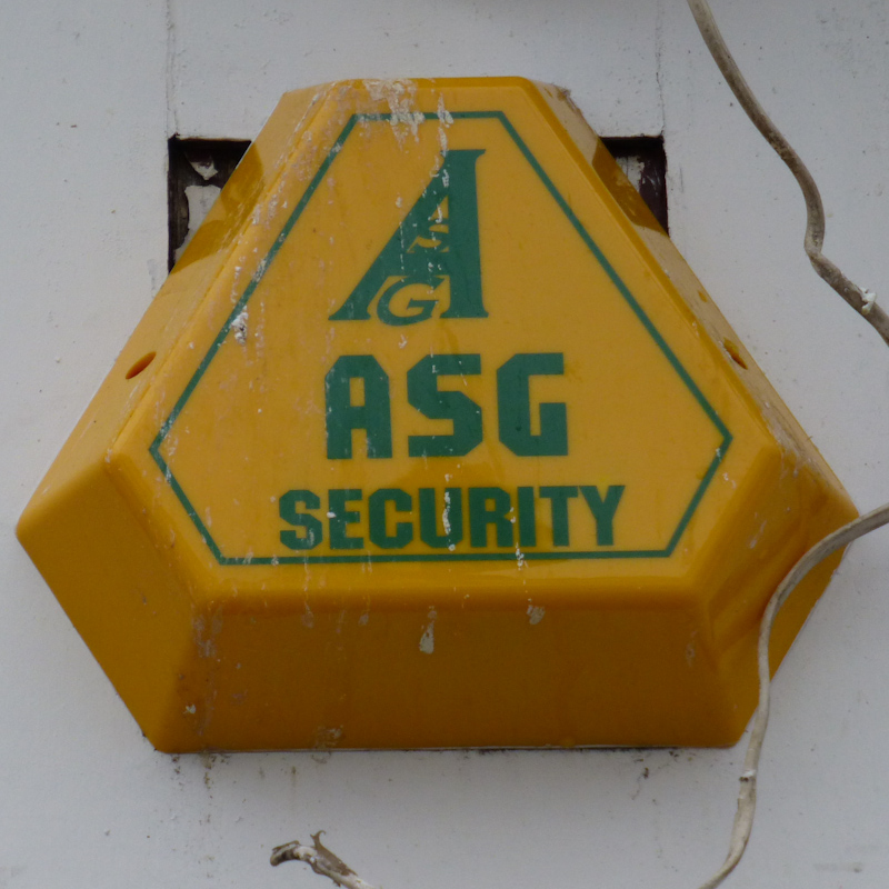 ASGSecurity BankSt Newquay nr TR7 1AX 00032_800