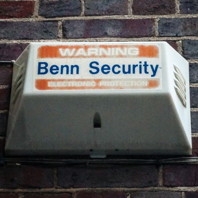Benn Security Warning Electronic Protection