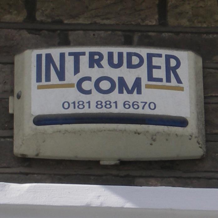 Intruder Com